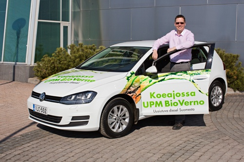 May 2013: Experienced test drivers from Finnish Technical Research Centre, VTT drive UPM BioVerno cars and collect data for analysis of UPM´s new biofuel during the 20,000-kilometre drive.