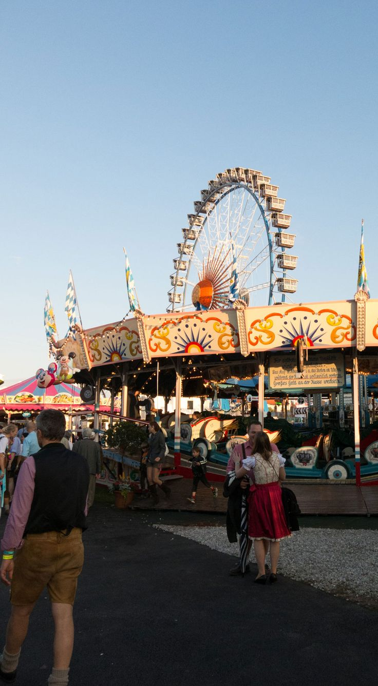 """At the """"oide Wiesn"""" - the old #Oktoberfest in Munich, #Germany."""