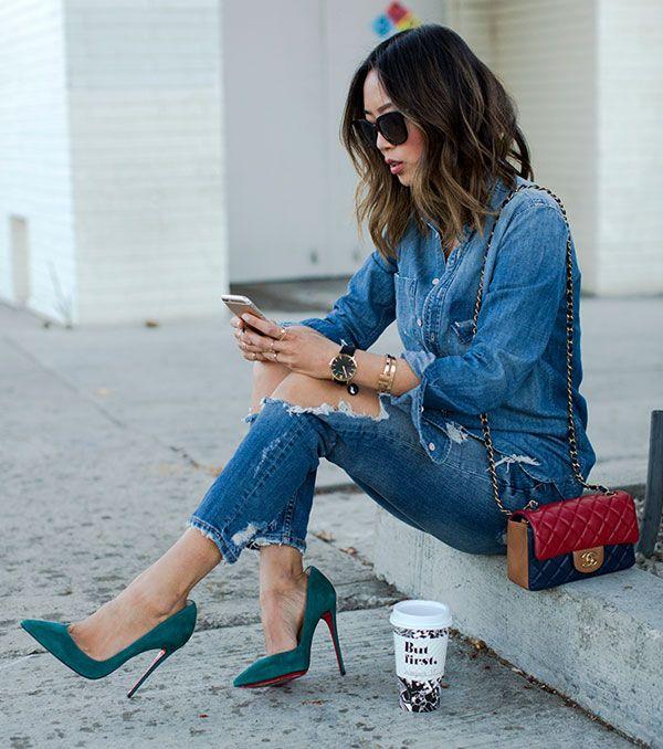 O sapato mais elegante do mundo da moda é, com certeza, o scarpin. Até o look mais despojado, como qualquer produção com jeans rasgado, fica chic em um segundo!