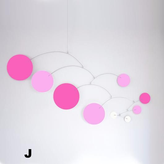 Mod Mobile in PInk, Hot Pink, and white by AtomicMobiles.com #mod #midcentury #modern #homedecor #baby #nurserydecor #babygirl #babymobiles