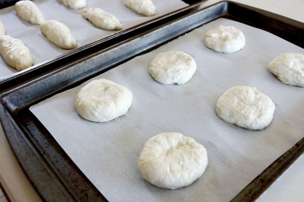 These Homemade Bread Buns are delicious and freezer friendly! Once you make your own buns you may never go back to store bought again, they are THAT good! | happymoneysaver.com