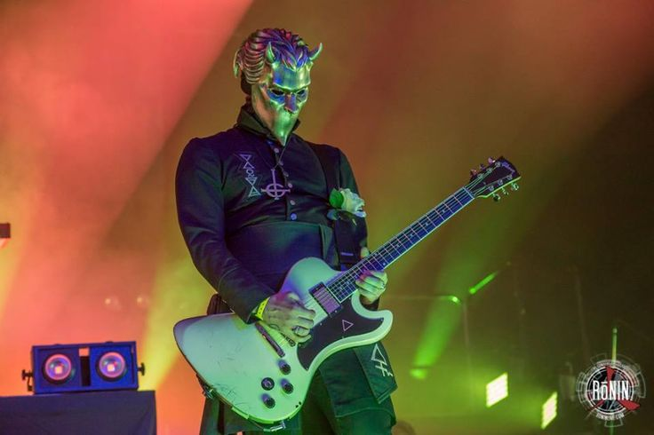 Ghost - Hellfest 2016 Photo by Ronin