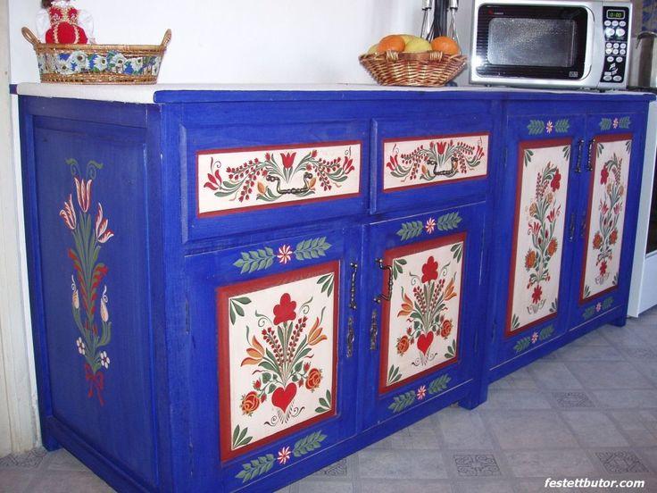 Festett konyhabútor, festette Sütő István