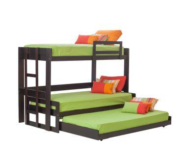 Para optimizar tu espacio 3 camas de 1 plaza, que durante el día ocupan el espacio de solo una.
