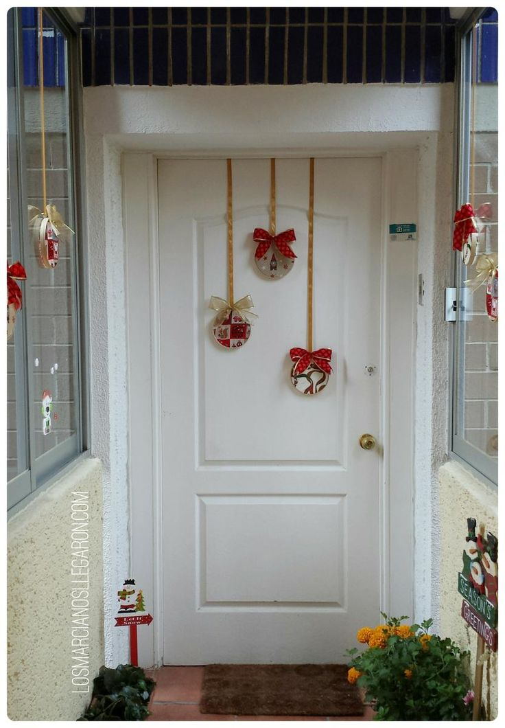 17 mejores ideas sobre coronas de puertas navide as en - Adorno puerta navidad ...
