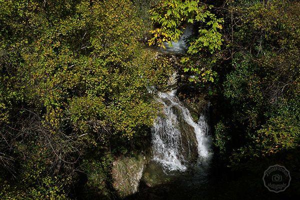 Τζουμέρκα, πράσινο, παράδοση και απαράμιλλη ομορφιά τοπίου: http://www.eikoneskaipsithyroi.gr/2015/11/exormisi-sta-tzoumerka.html