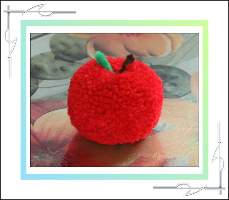 Sculptured Yarn, pom poms, pompoms, apple, available for purchase at thatissocool.ca
