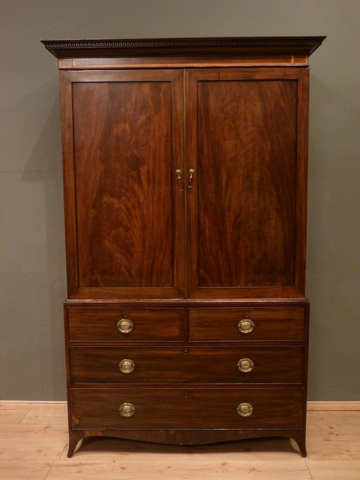 Eleganter Aufsatzschrank, Mahagoni um 1900  Antike Möbel - Antique Furniture  Pinterest ...
