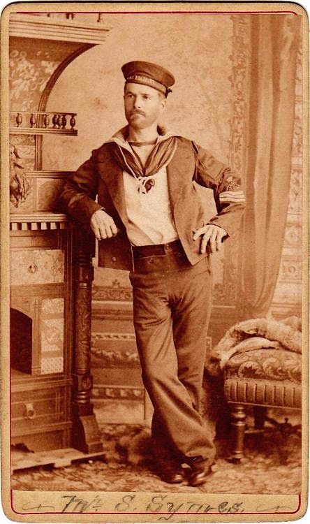 hot-vintage-sailor