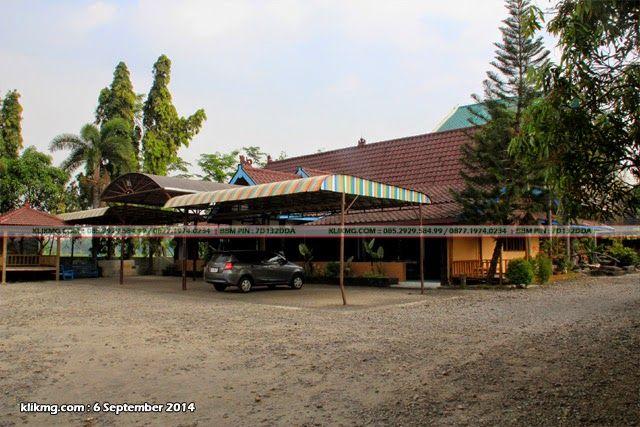 Rumah Makan MEKAR SARI / RM Mekar Sari - Lokasi : Jl. Raya Ngawi Caruban KM.16 Dungmiri, Karang Jati - Ngawi, Jawa Timur   Foto oleh : Klikmg.com Fotografer Ngawi