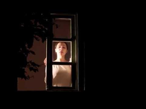 Μόνος κόσμος   Έμιλι Ντίκινσον teaser