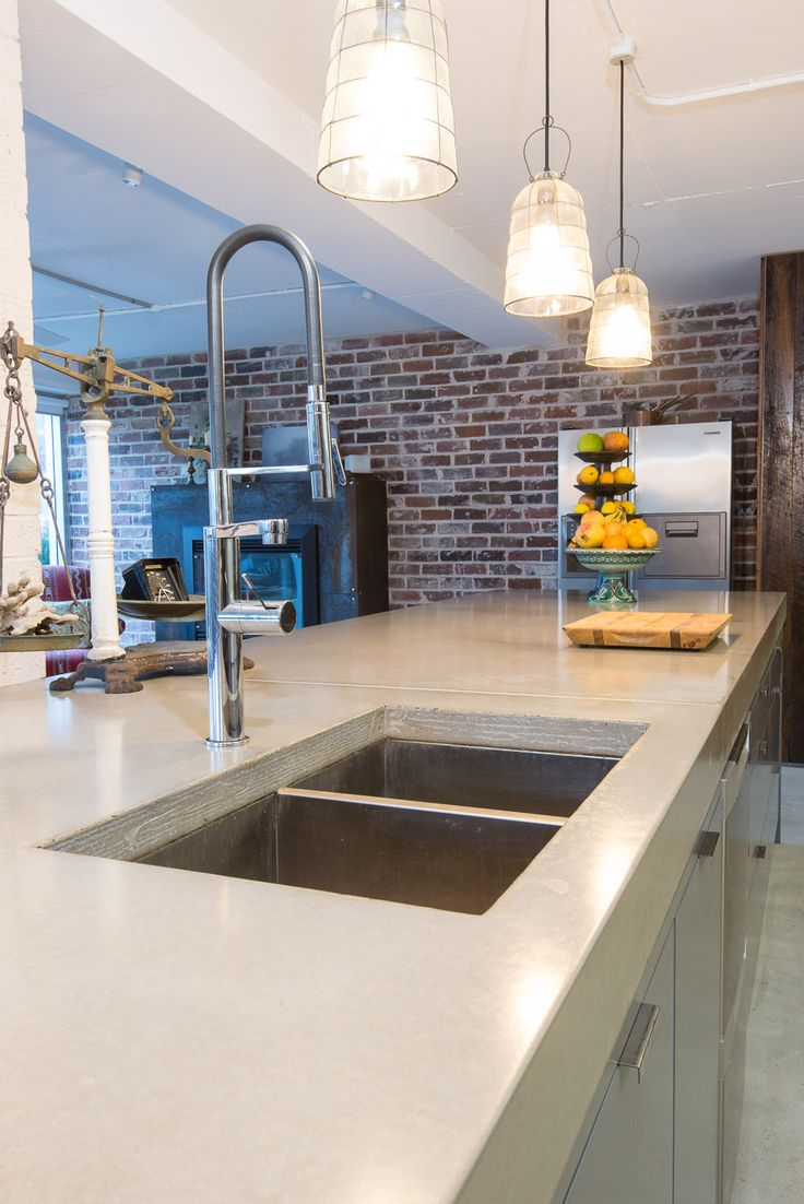 Stunning concrete benchtop with undermounted double sink by @concreateau #kitchen #benchtop #countertop #concreate #concrete #doublesink #undermount #sink