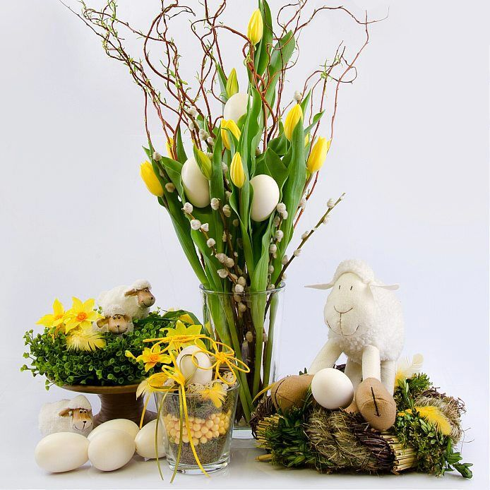 Velikonoce 2014 - umělé tulipnány a dekorace na stůl