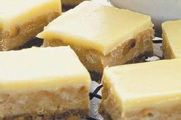 White Choc & Peanut Butter Slice   Matt Preston #dessert #arvotea