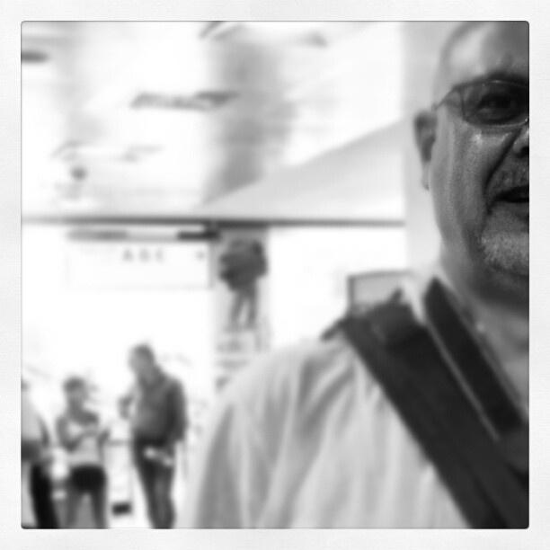 ..incredulo. #like  #iphonesia  #jj  #photooftheday  #iphoneographi  #popular  #instagram  #sky  #iphon - @io_achab- #webstagram