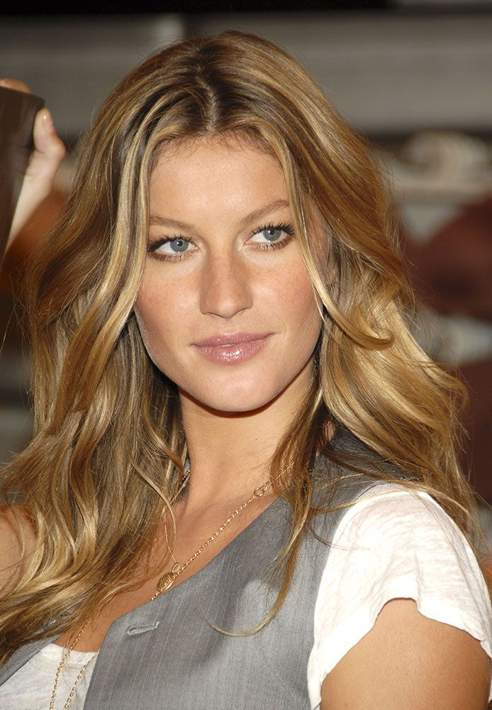 Looks belleza Gisele Bundchen …www.vogue.mx/…