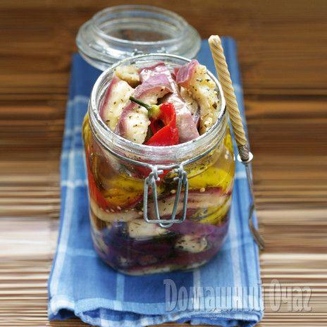 Закуска из приготовленных таким образом баклажанов очень вкусна, но хранить ее можно не более трех месяцев.