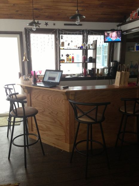 Dyi oak bar... perfect for a man cave...  your own bar