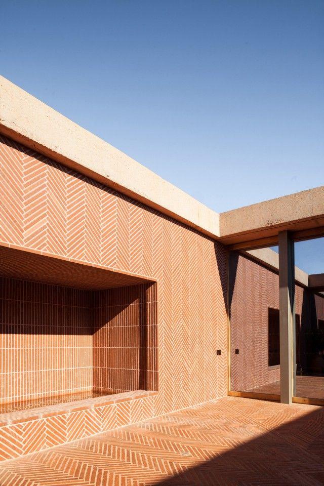 Rudy Ricciotti Passelac & Roques architectes > Rivesaltes memorial