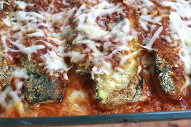 This ZUCCHINI PARMESAN is more like Zucchini Lasagna! Talk about YUMMY ...