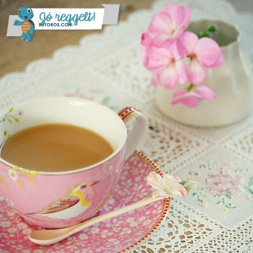 ÉRZITEK A TAVASZT? Akkor kávé helyett indítsátok a hetet egy frissítő mentateával! ;) #hétfőreggel