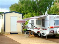 Drive-thru Ensuite Sites with private bathroom