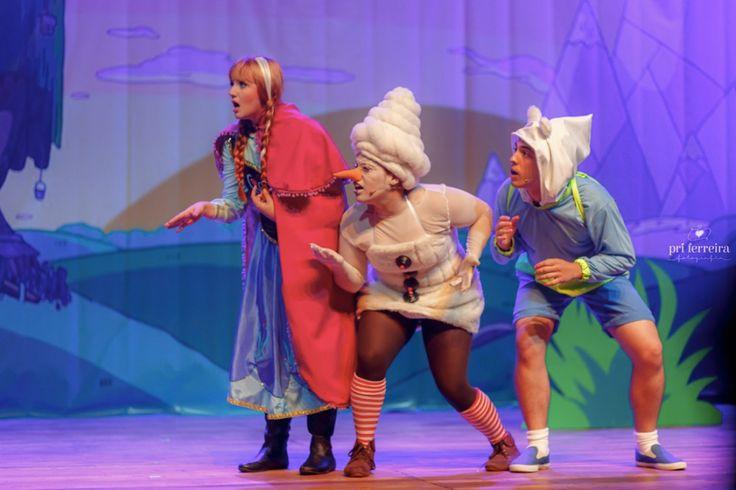 Os_Aventureiros_no_Reino_Congelado_Teatro_Frei_Caneca