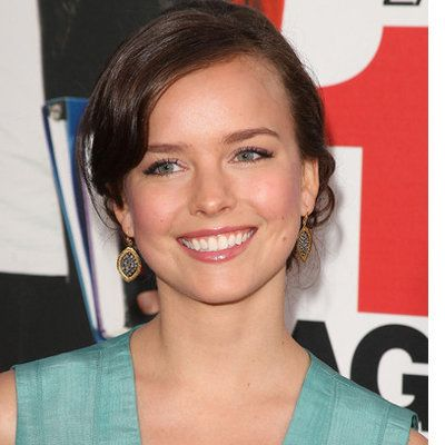 Allison Miller wiki, affair, married, Lesbian with age, height