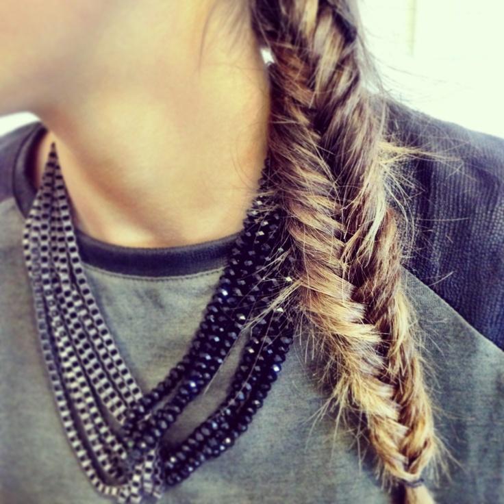 Loving @sarmarinelli's fishtail a la ombre! #edelstyle #hair #braids