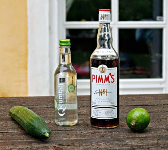 The Lausanne Guide to Life and Style: Summer Cocktail Series: Pimm's Cucumber Spritz