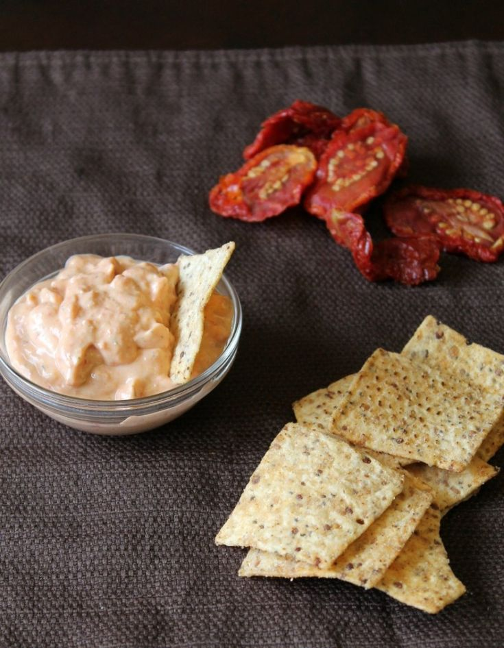 Sun-Dried Tomato and Dill Dip: Appetizers Recipes, Sun Dried Tomatoes, Dill Dips, Dips Mayo, Vegans Dips, Sun Dry Tomatoes, Sundried Tomatoes, Vegans Recipes, Dips Recipes
