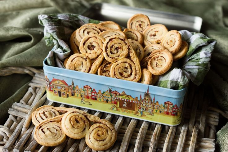 Olive Paste Palmiers. For the olive paste   	Combine the olives, anchovies, garlic, capers, basil leaves, lemon juice and olive oil. Beat in a blender until they become a smooth filling.   For ...