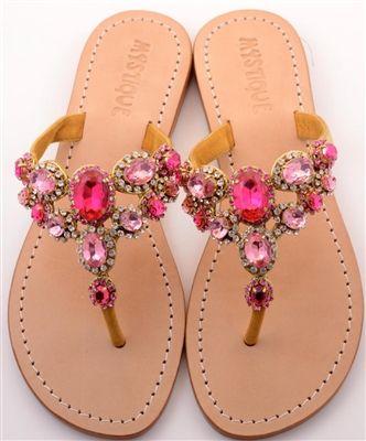 Sandalen passend zum pinken Hochzeitsmotto #Brautschuhe