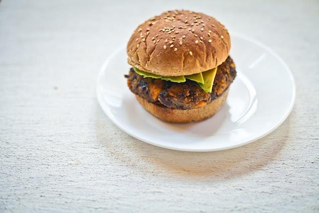 homemade veggie burgers | Forks over knives | Pinterest