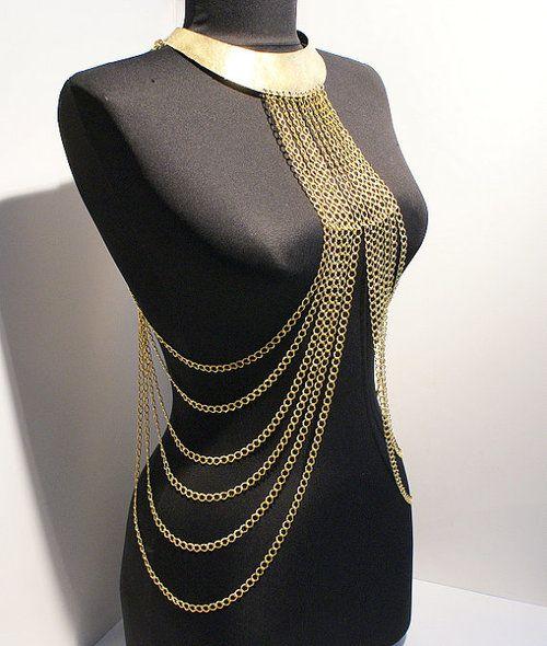 BeyhanAkman tarafından yılbaşı hediyeleri vücut zincir kolye altın vücut zincir