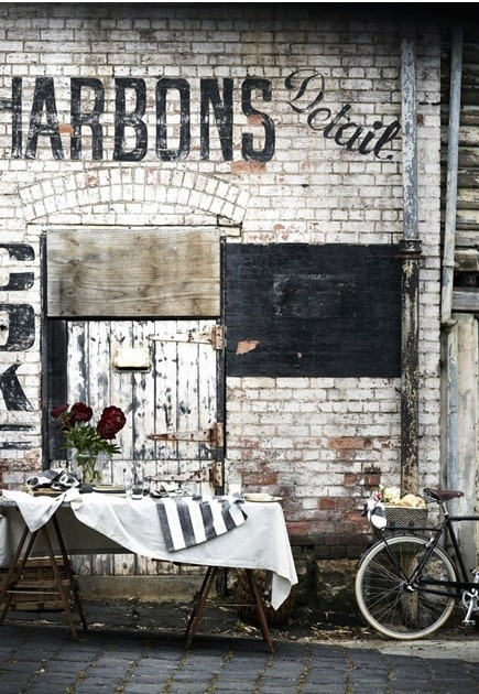 Rustic French ghostsign
