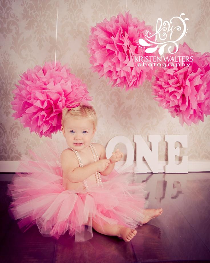 I like the flower balls for the background!