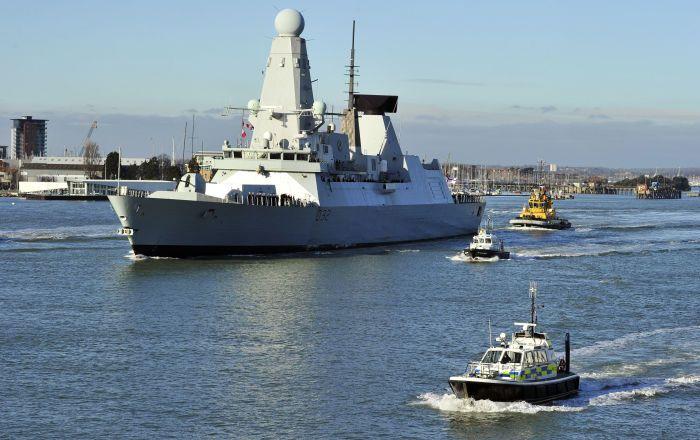 """Die britische Marine ist laut der Zeitung """"The Telegraph"""" immer öfters gezwungen, ihre eigenen Kriegsschiffe und U-Boote zu """"fressen"""", d. h. deren Ausrüstung für die Reparatur und Modernisierung anderer Schiffe zu nutzen."""