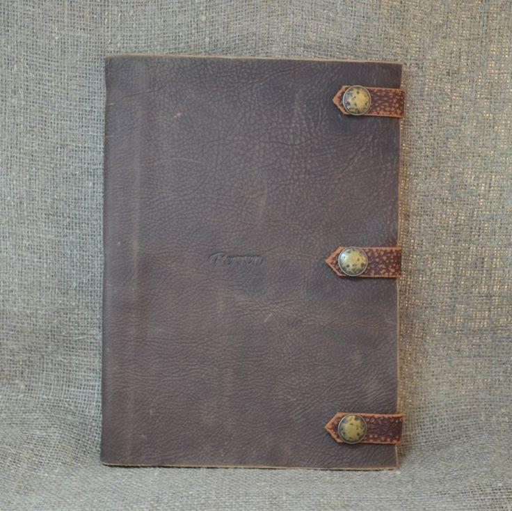 Блокноты с обложками из натуральной кожи. Размер L (21х30 см). Цена: 2400 руб. Оформить заказ:  Viber, WhatsApp +7 (915) 567-75-84 тел.: +7 (4722) 770-780 http://www.perren.ru/#!notebook-wood/c16u2