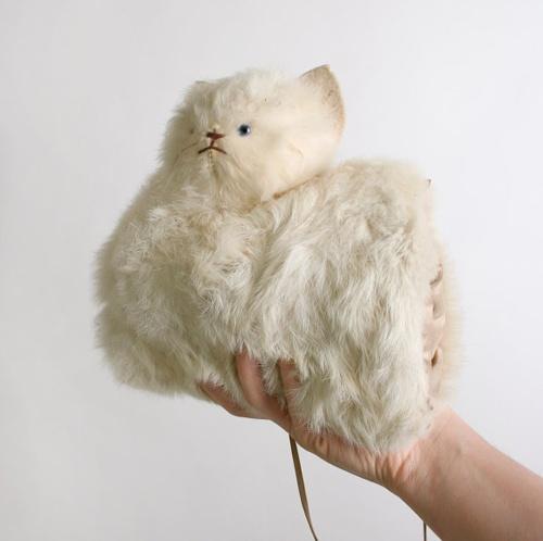 Vintage Kitten MuffDelicate Vintage, Rabbit Fur, Fur Muff, Kittens Muff, Vintage Kittens, Vintage Cream, White Rabbits, Cream White, Fur Kittens