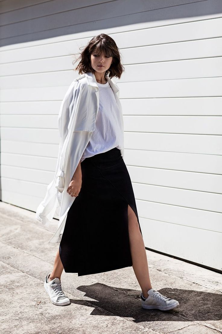 5 Minimalist Ways To Style A Midi Skirt