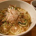 くるみの木 - 料理写真:冷製葛うどん(980円)