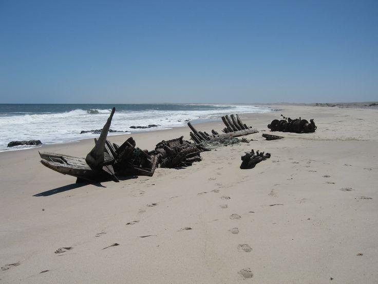 skeleton+coast | Description Shipwreck-skeleton-coast.jpg