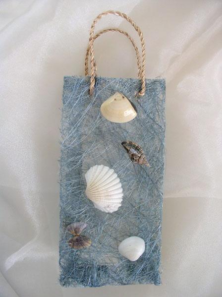 bag with shells wedding