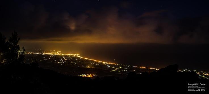 The view of Ierapetra from Anatoli, is trully SPECTACULAR!  Η θέα της Ιεράπετρας από την Ανατολή είναι πραγματικά εντυπωσιακή!