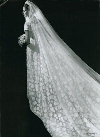 Il mito delle Sorelle Fontana, tra Roma e Hollywood. Alla Fondazione Micol Fontana un seminario sugli abiti da sposa. Ricordando Linda Christian in bianco, 64 anni fa, accanto a Tyrone Power