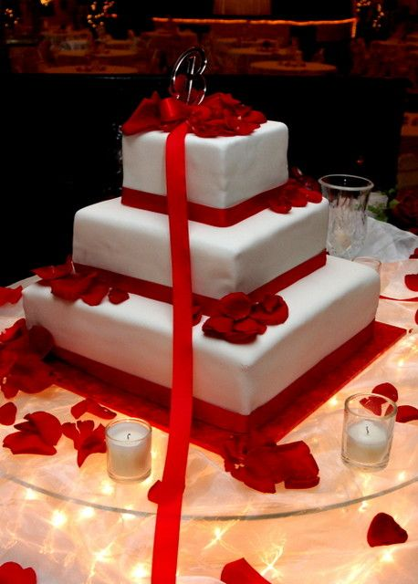 Need To Learn About Making Wedding Cakes At Home | Wedding Cake Adorned With Red Ribbons And Roses