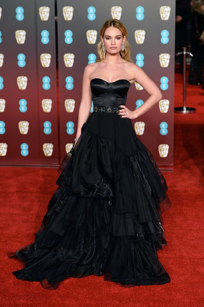 Lily James In Burberry Celebrity Style Red Carpet Celebrity Red Carpet Beautiful Dresses