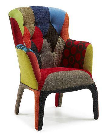 Fauteuil design capitonné en tissu aux motifs patchwork GONTRAND