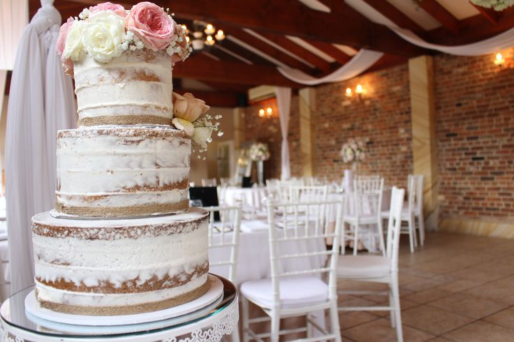 The Naked Cake, rustic and beautiful | Eschol Park House
